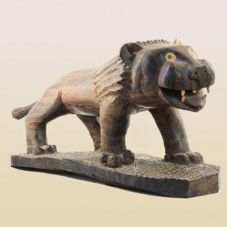 лев деревянный